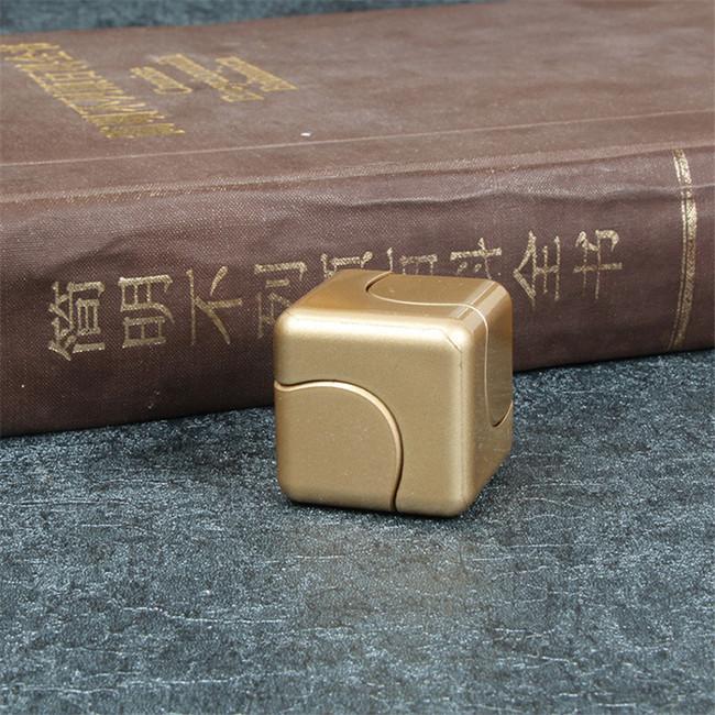 Uzená kachní prsa cena je za 1 kg